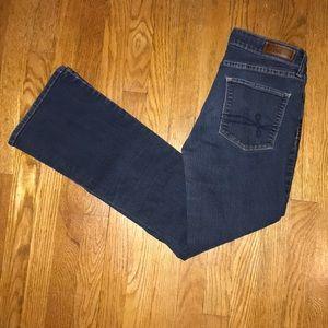 Denizen from Levi blue jeans modern bootcut SZ:10M